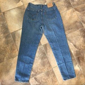 VTG Levi's Mom Jeans 90's Medium Wash 34